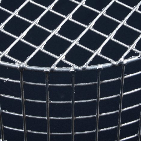 Aiano FLS/RMG large round galvanised bulkhead guard – detailed view